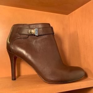 Coach booties, size 8, EUC, brown.